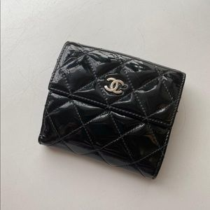 Chanel trifold flap classic patent leather wallet